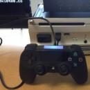 PlayStation 4 controller uitgelekt op foto samen met devkit PS4
