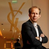 Apple neemt voormalig Yves Saint Laurent CEO aan