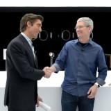 Video: Achter de schermen bij Apple's evenement met Jony Ive en Tim Cook