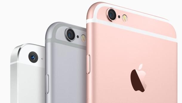 img 55f338317e4b7 iPhone met of zonder abonnement kopen?