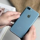 Mogelijke foto's uitgelekt van een werkende iPhone 7 in de kleur donkerblauw