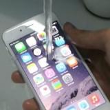 Video: iPhone 7 en iPhone 7 Plus ondergaan intense waterproof test