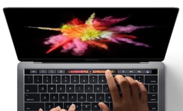 img 5816b4da40ed0 Apple kondigt gloednieuwe MacBook Pro aan met Touch Bar